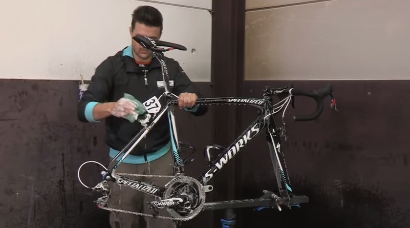 Photo of OPQS Tech & Training: How to Clean Your Bike !