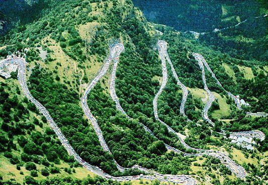 Photo of Alpe D'Huez – GCN's Epic Climbs