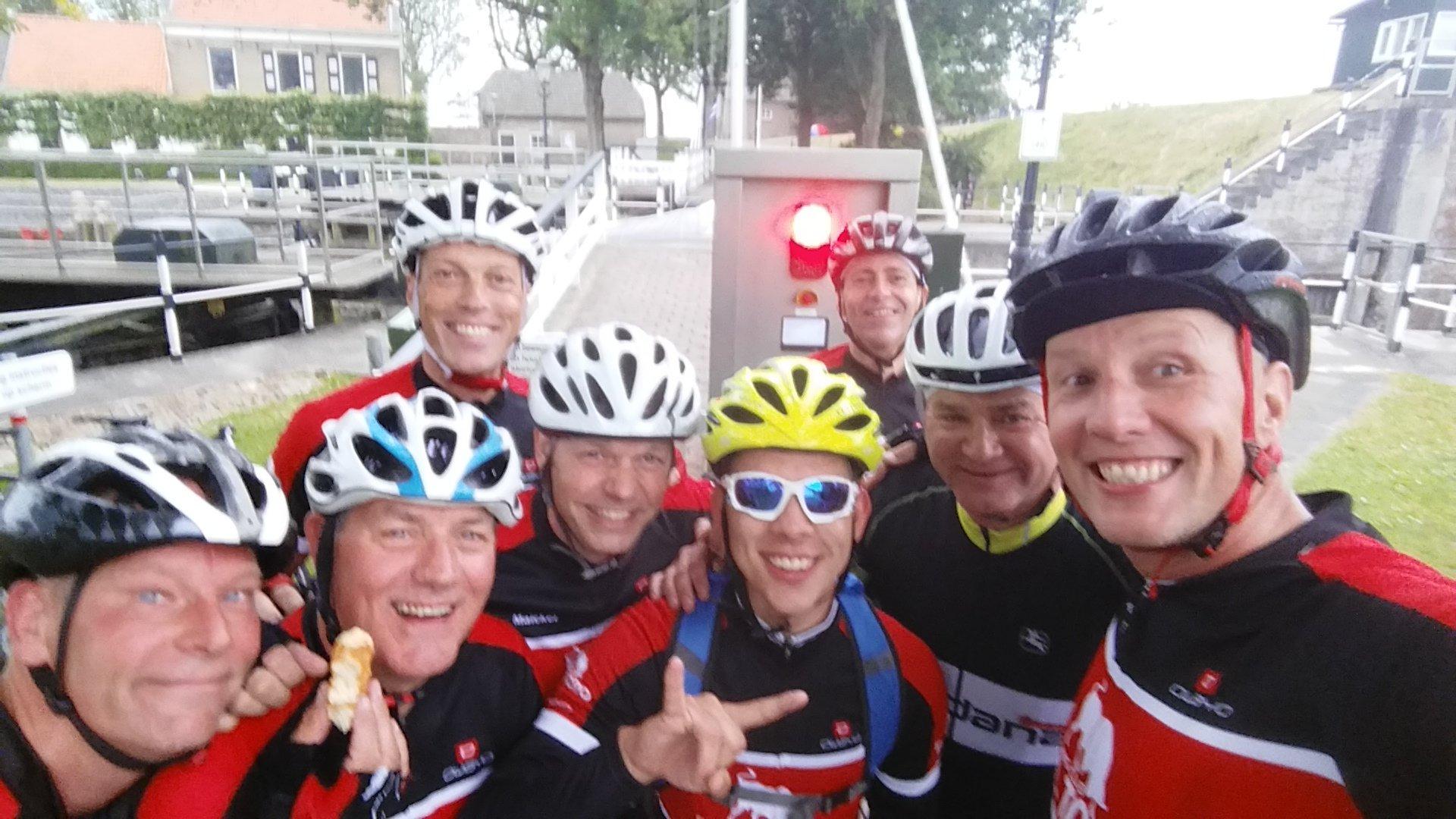 Photo of 21-6 De route van Bou !