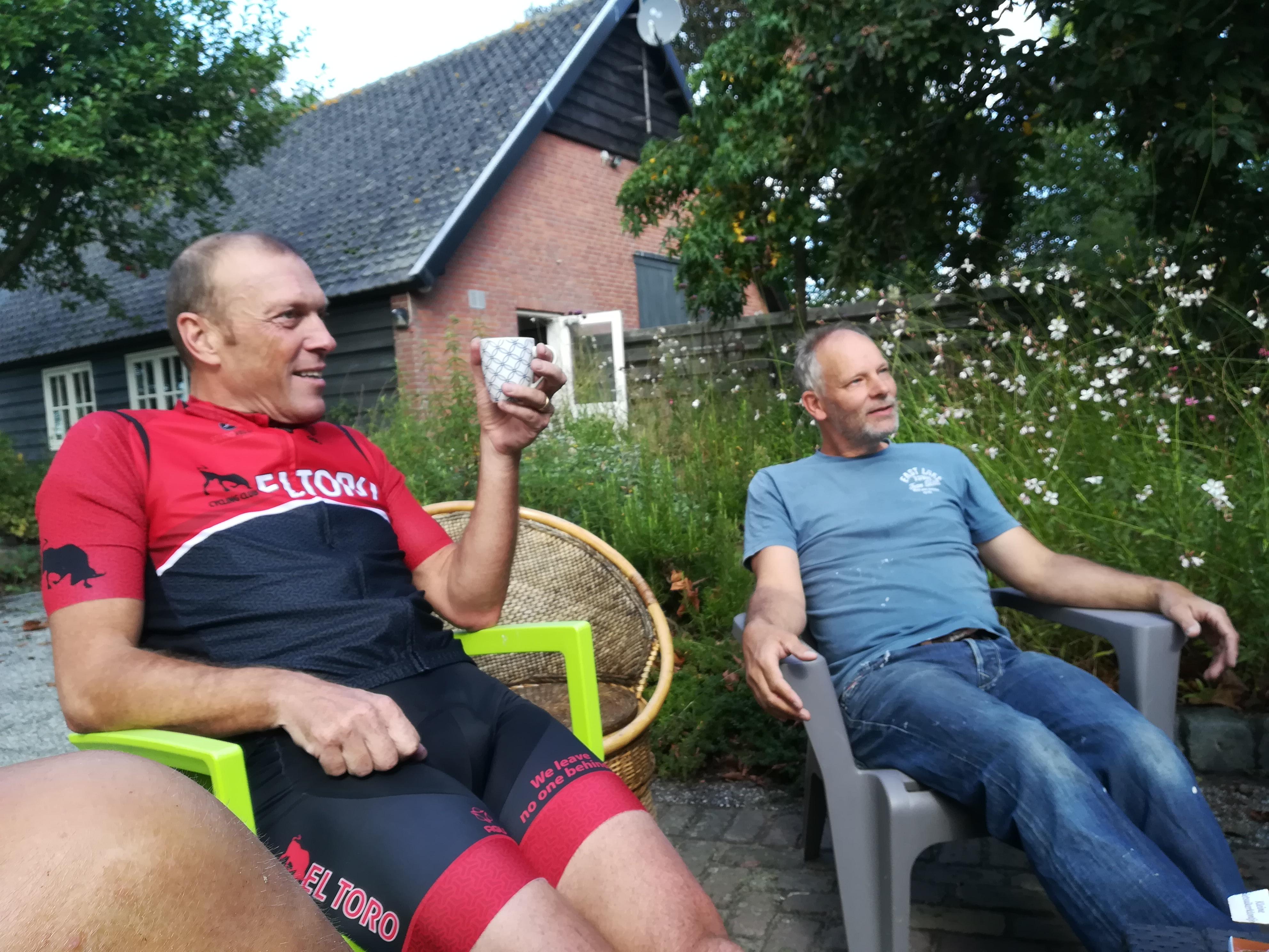 Photo of Zondag 8 september. Pre- ladies ride en een bakkie bij @!